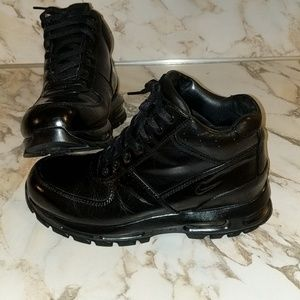 Men's Nike Air Max Goadome Boots Size 10